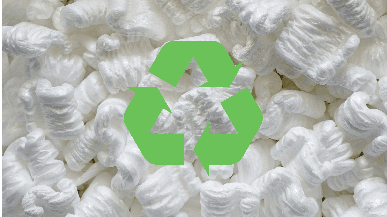 Packing peanuts background with green recycle sign